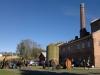 Mye folk og fint vær under Åpen dag på Atlungstad brenneri i Stange