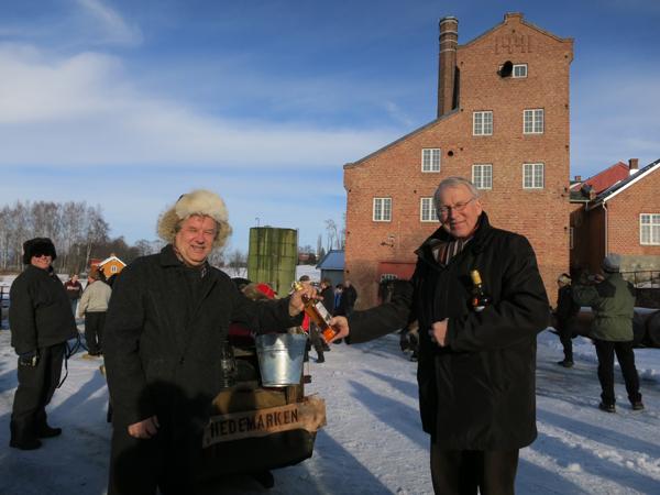 Ikke ofte det er eksportvare fra Stange til nord-Østerdalen. Men potet i foredlet form har lange tradisjoner på flatbygdene ved Mjøsa.  Foto; Karine Bogsti