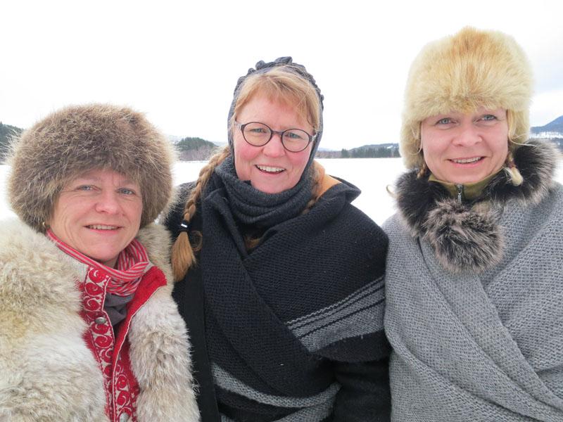 F.v. Marit Lahlum Ruud fra Stange, Karine Bogsti fra Hamar og Gry Ottesen fra Brøttum. Foto: Mari Bryhni