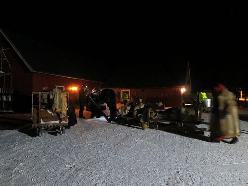 Vel framme på Atna camping. Hesta er stall opp, og vi har fått herlig middag av Randi og Bjørn Dahlen. Foto: Karine Bogsti