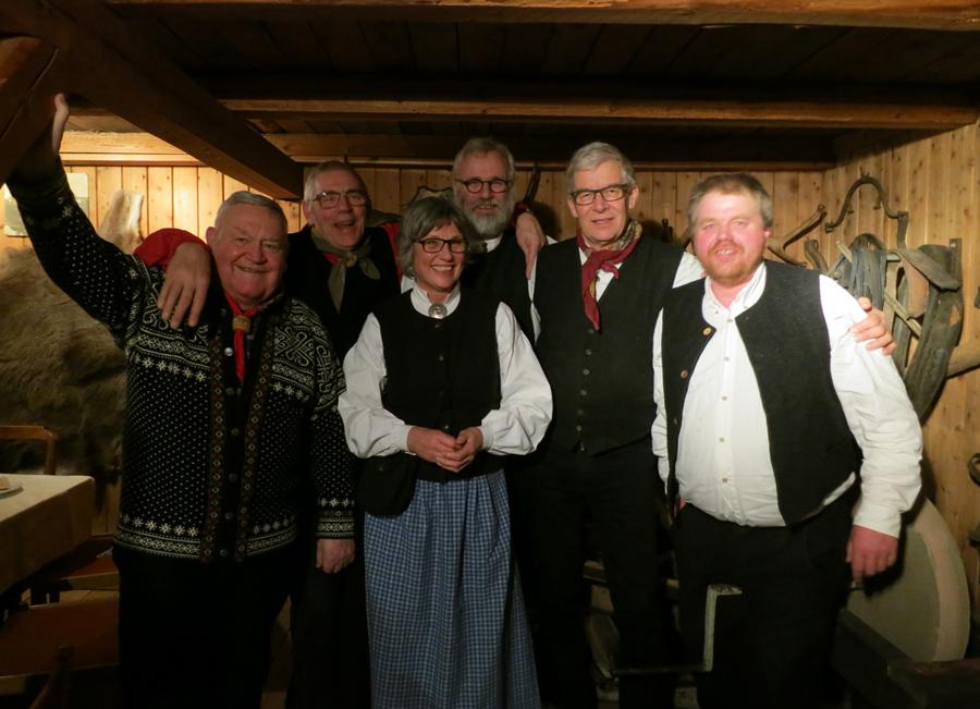 Et knippe av dem som var med å stifte foreninga for 10 år siden; (f.v.) Erik Flagstad, Berger Frogner (også kalt presidenten ;-) ), Grete Hveem, Jørgen Hveem, Helge Bryhni og Truls Mathisen.